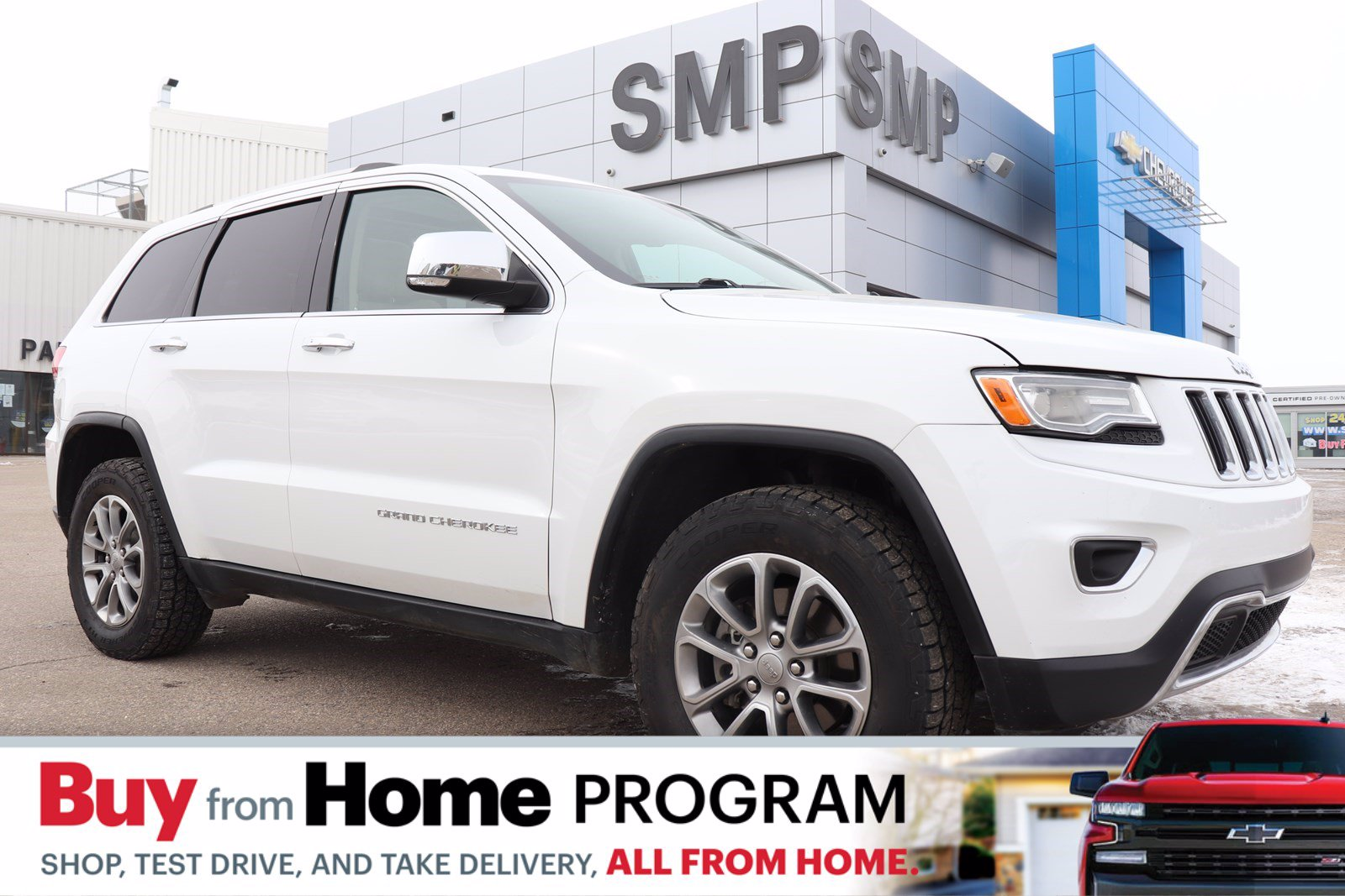 Pre-Owned 2015 Jeep Grand Cherokee Limited- Heated / Cooled Leather, Sunroof, Navigation