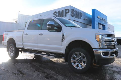 2017 Ford Super Duty F-350 SRW Lariat - Heated/Cooled Leather, Navigation, Sunroof