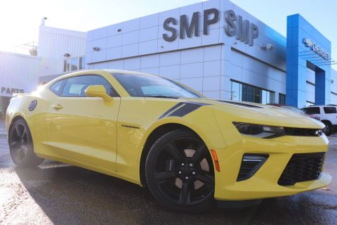 2018 Chevrolet Camaro 2SS -Low kms, 6.2L, Leather, Navigation. Sunroof