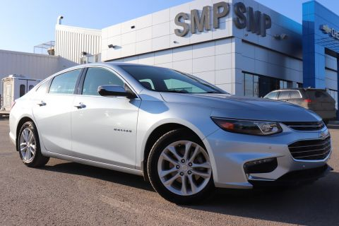 2017 Chevrolet Malibu LT - Remote Start, Heated Leather, Back Up Camera